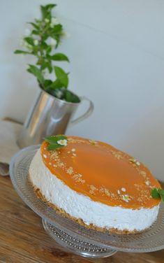 Vegaaninen aprikoosi-juustokakku. - Vegepäiväkirjani | Lily.fi Agar, Cheesecakes, Margarita, Sweet Home, Cooking, Desserts, Food, Cucina, Tailgate Desserts