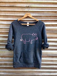 Cute Fashion, Fashion Outfits, Farm Clothes, Diy Shirt, Cozy Sweaters, Cute Shirts, Pretty Outfits, Pig Showing, Farm Paintings