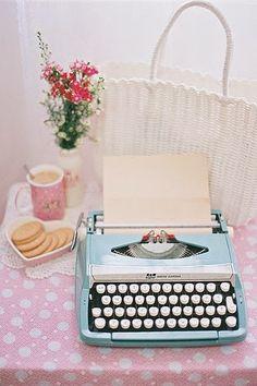 Bertussi: Antigas Máquinas de Escrever