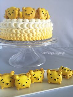 Pooh Tsum Tsum Macarons and yellow ombre Chantilly cake