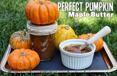 Pumpkin Maple Butter Super easy to make and makes a great holiday gift! No refined sugar! www.cocoswell.com