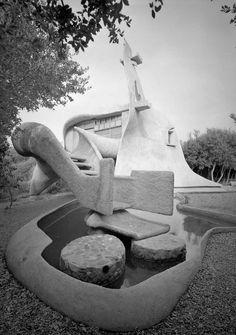 Vittorio Giorgini /// Saldarini - Sgorbini House (Casa Balena) /// Piombino, Golfo di Baratti, Tuscany, Italy /// 1962