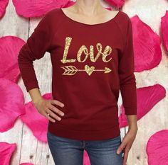 Valentine Shirts, Valentines For Singles, Monogram Shirts, Vinyl Shirts, Personalized T Shirts, Shirts For Girls, Kids Shirts, Happy Love Day, Glitter Shirt