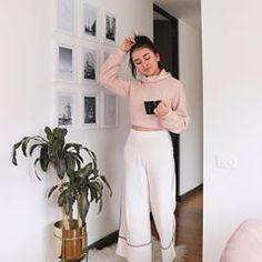 Sophie Giraldo, Celebrity Outfits, Celebrity Clothing, Luxury Rooms, Zara, Clothes For Women, Celebrities, Instagram, Pants