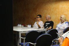 https://flic.kr/s/aHskFiS7yf | Encuentro con María Hernández Martí | Encuentro con la autora del cómic 'Qué no, que no me muero' 14/10/2016