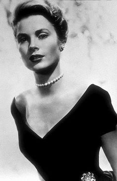 Diamonds, Joy and Charm: Timeless Fashion Icon: Grace Kelly