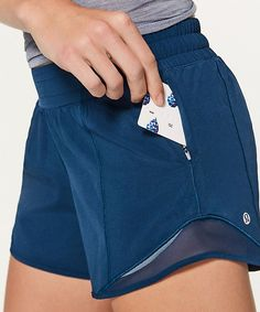 Sport outfit shorts lulu lemon ideas for 2019 Sporty Outfits, Athletic Outfits, Girl Outfits, Cute Outfits, Athletic Clothes, Athletic Fashion, Athletic Wear, Yoga Fashion, Fitness Fashion