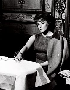 """""""Maggie Smith as Sarah Watkins - The Honey Pot (1967) """""""