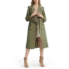 Women's Burberry Tropical Gabardine Oversized Trench Coat (1.319.190 CLP) ❤ liked on Polyvore featuring outerwear, coats, bright olive, checkered coat, oversized coat, olive coat, oversized trench coat and lightweight coat