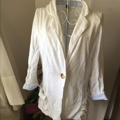 Free People cotton linen blazer condition as shown and reflected in price. This item is in good condition but it has been worn please ask any questions before purchasing. This item will only be traded for an autographed Authentic Chanel original, a Lamborghini, a penthouse in Paris, or the services of an Audi mechanic. All orders will be recorded before shipping. I do not model. Please see my reasonable offer chart before submitting an offer. Free People Jackets & Coats Blazers