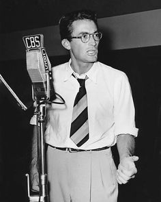 Gregory Peck, too beautiful for the radio