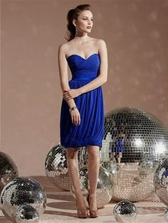 Stunning A-line Strapless Cocktail Length Chiffon Bridesmaid Dress