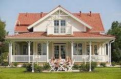 Vita rosor och förgätmigej: Amerikansk veranda...
