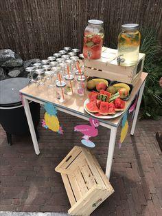 fruit tafel met fruit water