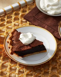 Double chocolate chess pie on Martha Stewart. Virginia Willis always brings a Southern touch to her baking. Here, she takes a traditional chess pie to decadent new heights with the addition of dark chocolate chips and cocoa powder. Chocolate Chess Pie, Dark Chocolate Chips, Chocolate Desserts, Craving Chocolate, Healthy Chocolate, Fat Bombs, Nutella, Southern Desserts, Fall Desserts