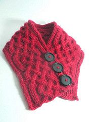 The red version was knit using Frog Tree Merino Worsted and the green version was knit using Lamb's Pride Worsted.