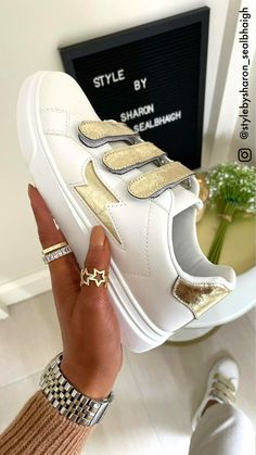 White trainers, gold detail trainers, velcro trainers, white shoe, summer shoes, white runners, velcro runners White Runners, Fashion Shoes, Fashion Accessories, Gold Heels, Wedge Boots, White Shoes, Summer Shoes, Trainers, Luxury Fashion