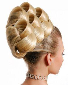 Cute hair...if it wasn't photoshopped :(