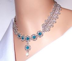 Byzantine romanov chainmaille necklace with blue por NezDesigns