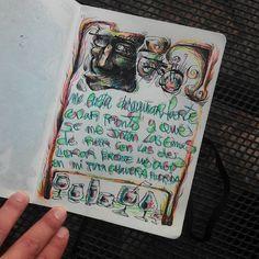 Composición de página con dibujos y palabras. Tinta y lápices de colores.