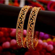 Gold Plated Stone Studded Designer Bangles Set Of 2 - Classiques - 3096544 Gold Bangles Design, Gold Jewellery Design, Designer Bangles, Designer Jewelry, Jewelry Design Earrings, Gold Earrings Designs, Gold Jewelry Simple, Bangle Set, Bangle Bracelets