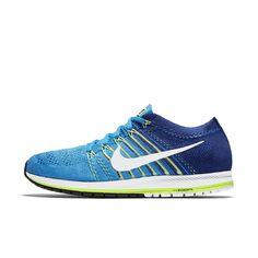 a5edd3343fc3 Nike Zoom Flyknit Streak Running Shoe Size 10.5 (Blue)