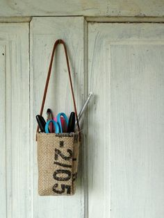 Upcycled burlap hanging baskets. Succulent baskets. by 5thseason
