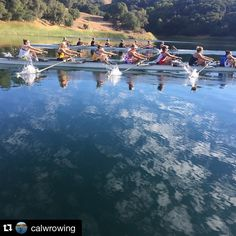 Look at that #backsplash! @calwrowing getting serious at Saturday practice. #practicemakesperfect RP @calwrowing ・・・ No breeze on Briones today