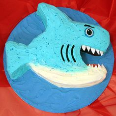 Shark cake! #denier I thought of Bug when I saw this!!