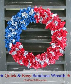 y Red, White & Blue Bandana Wreath is an easy summertime craft for kids – and adults. Keeping kids in mind, I chose a smaller, wreath form so that you could make this patriotic wreath fair. Patriotic Wreath, Patriotic Crafts, Patriotic Decorations, Patriotic Party, Wreath Crafts, Diy Wreath, Diy Crafts, Wreath Ideas, Decor Crafts