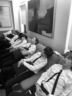 Jhope, Namjoon, Bts Taehyung, Bts Bangtan Boy, Bts Jungkook, Seokjin, Jungkook Smile, Foto Bts, Bts Group Picture