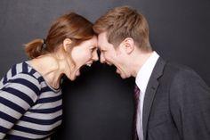 La parte inferior del cerebro regula las emociones, entre ellas la ira ¿Sabes cómo puedes controlarla? http://www.alotroladodelcristal.com/2014/04/como-aprender-controlar-la-ira.html