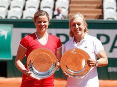 6/6/15 Via Taroli Tennis:  2015 women's Perrier Legends Trophy champions Kim Clijsters and Martina Navratilova. @Martina  http://www.rolandgarros.com/en_FR/news/gallery/2015-06-06/perrier_legends_trophy_womens_final.html?start=finale-legendes-dames_0606_m4 …