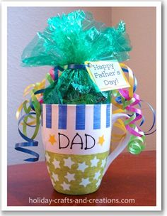 to ] Great to own a Ray-Ban sunglasses as summer gift.diy homemade gifts for dad Homemade Fathers Day Gifts, Fathers Day Mugs, Fathers Day Crafts, Homemade Christmas Gifts, Xmas Gifts, Painted Coffee Mugs, Hand Painted Mugs, Holiday Crafts, Holiday Fun