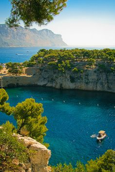Calanque National Park ~Provence, France Definitely on my bucket list of beautiful places to visit