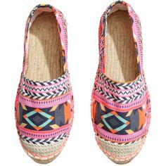 H&M Espadrilles ($5.10) ❤ liked on Polyvore featuring shoes, sandals, flats, h&m sandals, flat pumps, espadrille sandals, elastic sandals and flats sandals