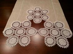 Ravelry: Pansy boarder for Doily Romanian Point Lace crochet RPL pattern by Wend. Crochet Table Runner, Burlap Table Runners, Crochet Tablecloth, Quilted Table Runners, Filet Crochet, Crochet Motif, Irish Crochet, Crochet Doilies, Crochet Patterns