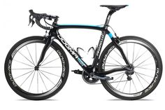 Latest Dogma now available in new Rapha-inspired Team Sky paint finish, and there's a Giro d'Italia commemorative bike too