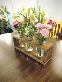 Flower  center piece pallets