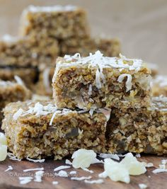 Today I bring you Healthy Tropical Oat Bars because I've gotten a little out of control with the desserts! A quick scroll down the homepage will show you that I have been on a non-stop sugar high f...