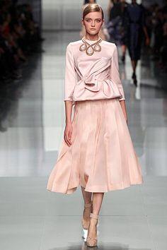 Rosie Huntington-Whiteley wearing Christian Dior Fall 2012 Skirt.