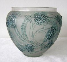 Nefliers vase c.1923
