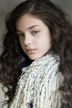 Odeya Rush (Keavy, who turns 11 over the course of the story) Most Beautiful Faces, Beautiful Children, Beautiful Eyes, Hannah Marks, Pretty People, Beautiful People, Odeya Rush, Teenager, Mannequins