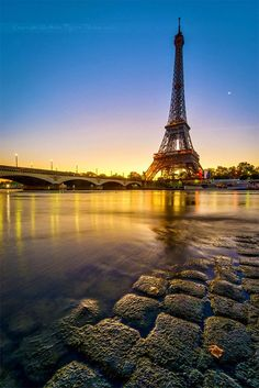 PARIS IS AWESOME AND ROMANTIC..→