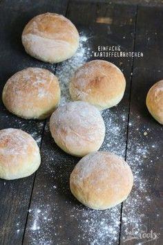 Ganz einfach zu machende Kartoffelbrötchen - frisch gebackene Brötchen am Morgen ist ab jetzt kein Problem mehr | Bake to the roots