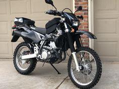 Cafe Racer Bikes, Motorcycle Travel, Adventure Gear, Dual Sport, Bike Ideas, Motorbikes, Yamaha, Halo, Boats