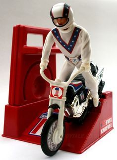 Vintage Evel Knievel stunt bike action-figure and crank-assisted people-powered motorcycle toy 1970s Childhood, Childhood Toys, My Childhood Memories, Sweet Memories, 1970s Toys, Retro Toys, 1980s, Vintage Toys 80s, Vintage Items