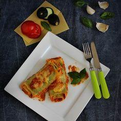 Egy finom Cukkinis lasagne-tekercs (cannelloni) ebédre vagy vacsorára? Cukkinis lasagne-tekercs (cannelloni) Receptek a Mindmegette.hu Recept gyűjteményében!