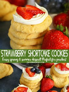 Easy Strawberry Shortcake Cookies are the perfect spring & summer dessert. Soft & chewy sugar cookies topped with delicious vanilla frosting & fresh strawberries. These taste just like your favorite old-fashioned strawberry shortcake. @Walmart @Pillsbury #ad #strawberryshortcake #cookies #strawberry #frosting #frostedcookies #dessert #treat