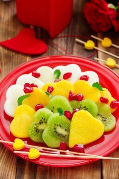 Banderillas de frutas para acompañar cualquier desayuno.